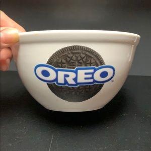 White Oreo Bowl by Houston Harvest
